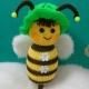 خرید و قیمت عروسک بافتنی طرح زنبور از آف ایران